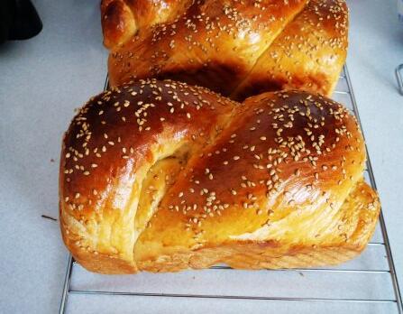 芝麻吐司面包